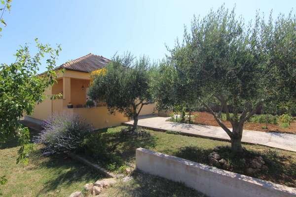 Holiday house Nikolina