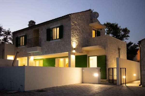 Villa Mletak****