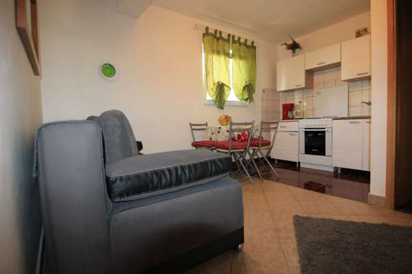 """Apartment """"Quince 2"""" 2+2 groundfloor"""