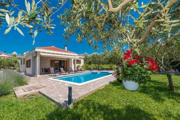 """Villa """"Green garden"""""""